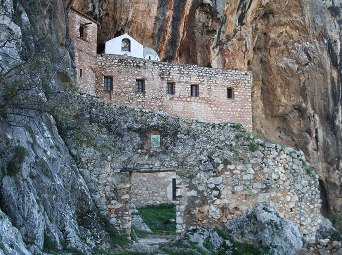 Μοναστήρια κοντά στο Τολό | Asteria Hotel, Ξενοδοχείο Τολό